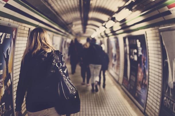 Favim.com-london-tube-metro-station-472631