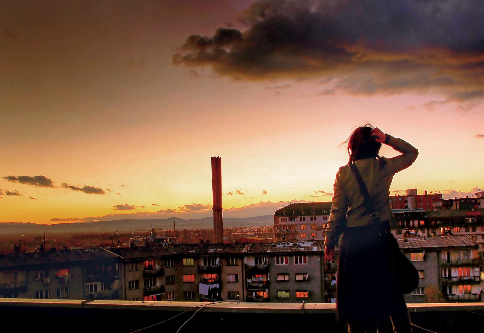 07-kosovo-rooftop-sunset_1600