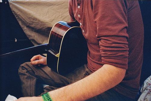arm-beautiful-boy-guitar-guy-Favim.com-322940