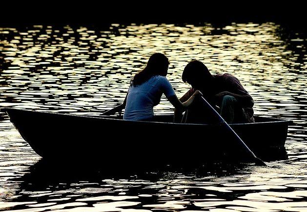 boat-couple-love-Favim.com-210928