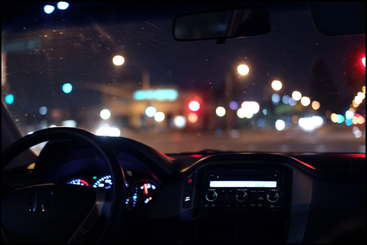 tumblr_static_car-city-evening-night-photography-favim-com-227386
