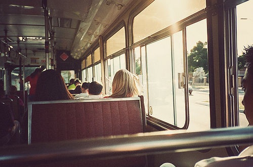 boy-bus-film-friendship-girls-gorgeous-favim-com-42086_original