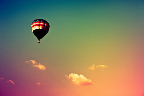 hot-air-balloon-photograph-photography-pretty-sky-favim_com-45835