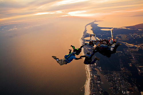 adrenalin-awesome-beautiful-free-fall-jump-Favim.com-416925