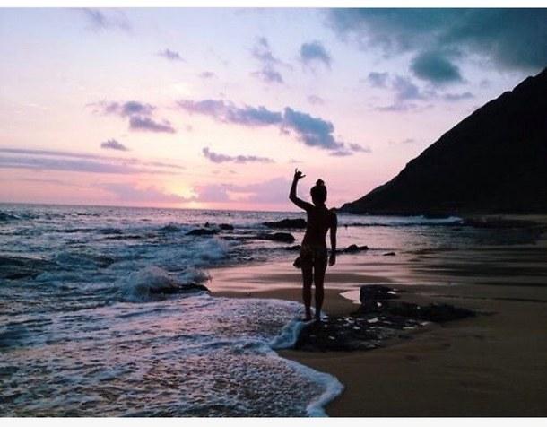 beach-farben-girl-sand-Favim.com-3655159