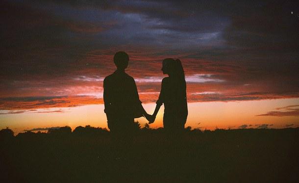 couple-cute-dark-dusk-Favim.com-2749647