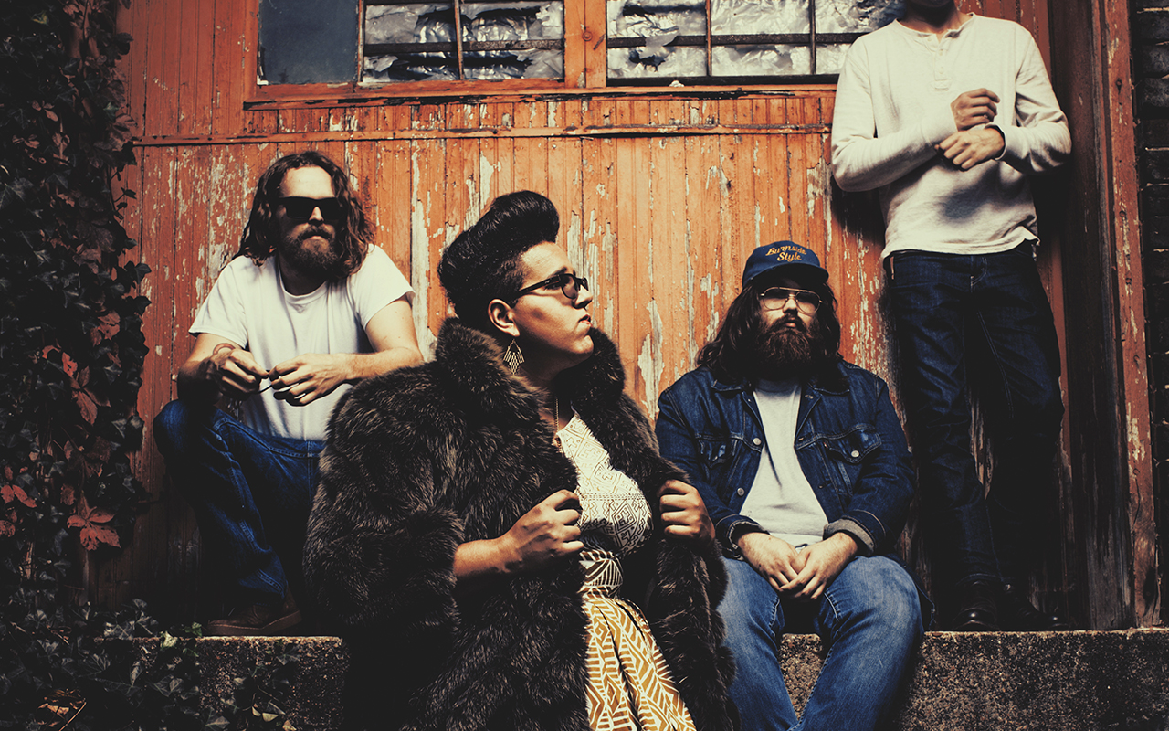 lolla-alabama-shakes-1280x800