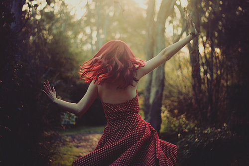 dancing-dress-girl-photography-polka-dots-red-hair-Favim.com-41170