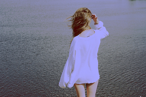 girl-lake-nature-white-wind-favim-com-136012