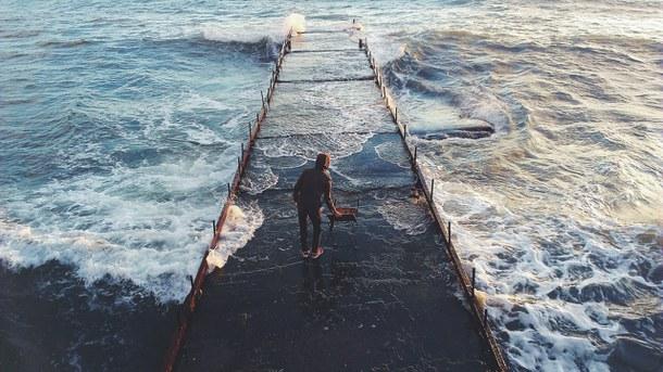 man-ocean-water-favim-com-1876073