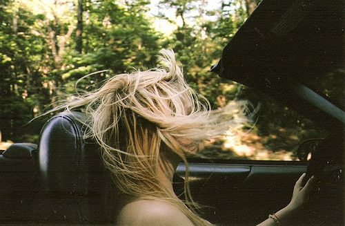 blonde-car-girl-hair-pretty-wind-Favim.com-49990
